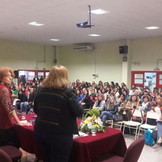 La UPC entregó el título de Profesora Honoraria a la Dra. Myrtha Chokler