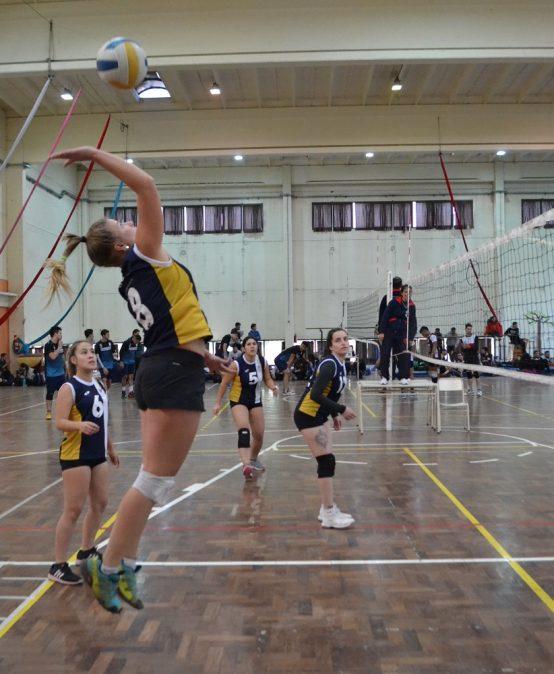 Participá de los equipos deportivos y actividades recreativas de la UPC