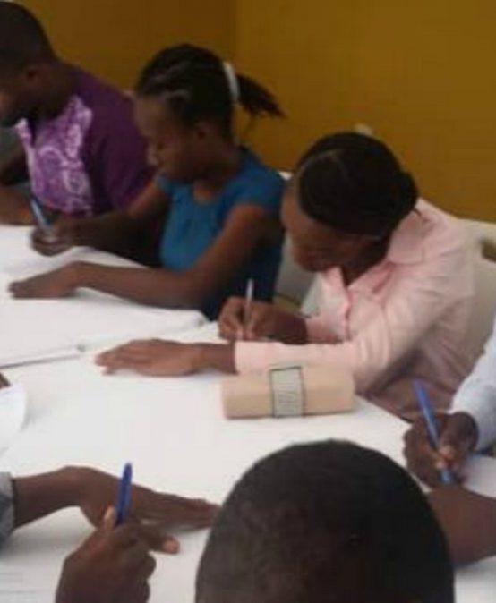 Convocatoria: Programa de tutorías para estudiantes de Haití