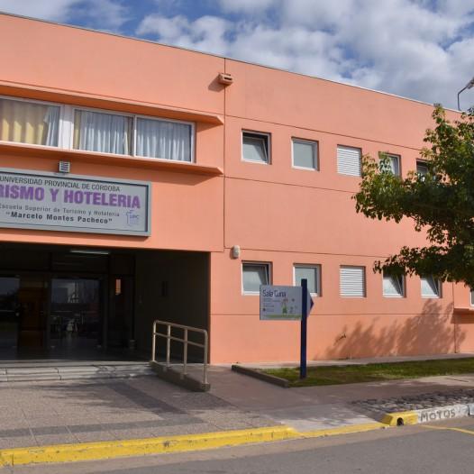 Convocatoria de horas cátedras en la Facultad de Turismo y Ambiente