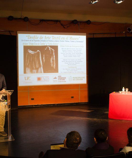Apertura de las jornadas de prácticas y saberes textiles en la UPC