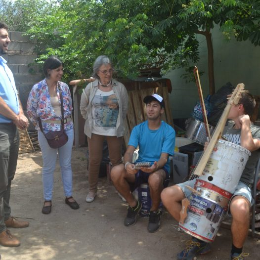 Orquestas Sociales con instrumentos reciclados