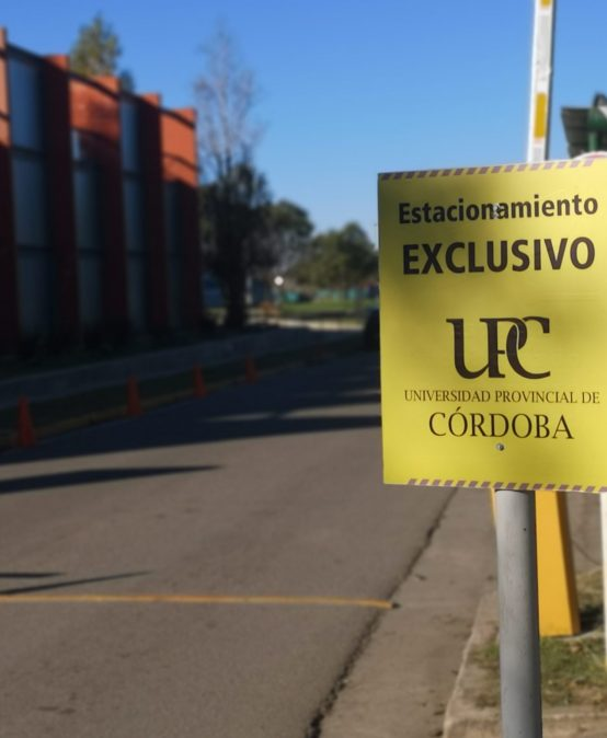 Nuevo reglamento para el uso del estacionamiento de la UPC