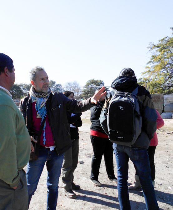 Reunión de trabajo para la sensibilización ambiental en Villa los Galpones
