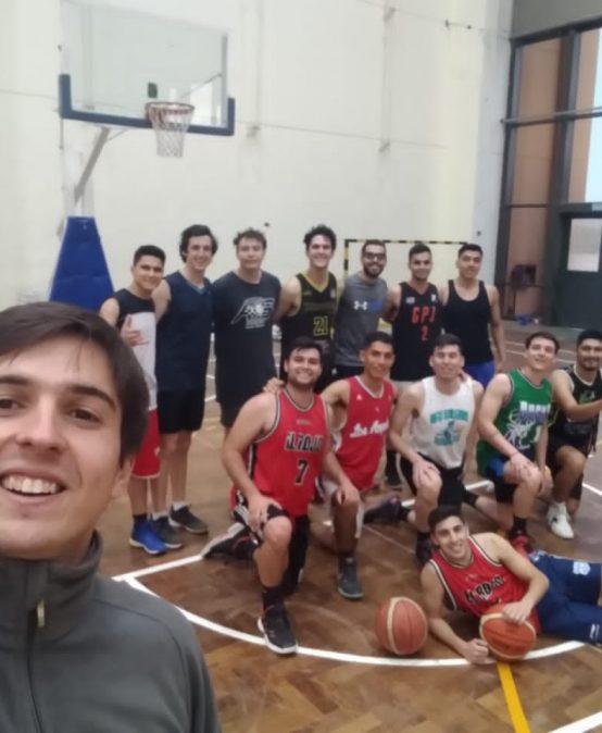 """Las Lechuzas lideran la zona """"A""""  de la Liga Interuniversitaria de Básquet masculino"""