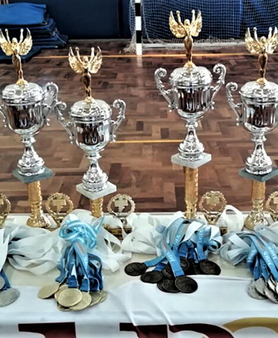 El equipo femenino de la UPC ganó el primer torneo de la Liga Interuniversitaria de Vóley