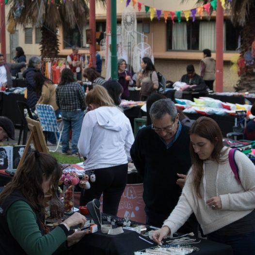 Acompañanos a despedir el año en la séptima Feria Solidaria de la UPC